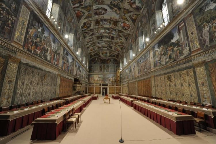 Зал для заседаний кардиналов в Сикстинской капелле