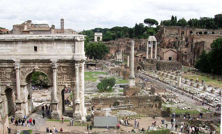 Главная достопримечательность Древнего Рима - Римский Форум и его архитектура