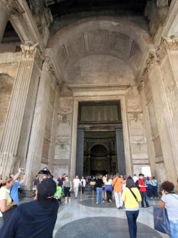 Правила входа в Римский Пантеон