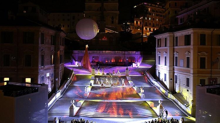 Достопримечательности Рима - знаменитая Испанская лестница в Италии