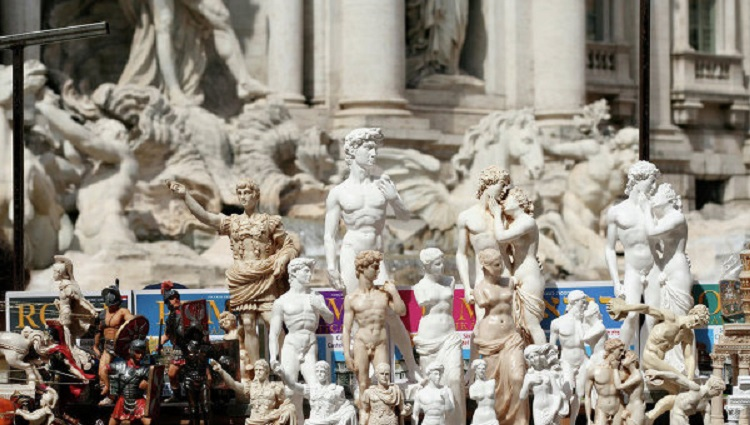 Какие сувениры привезти из Италии - обзор самых популярных