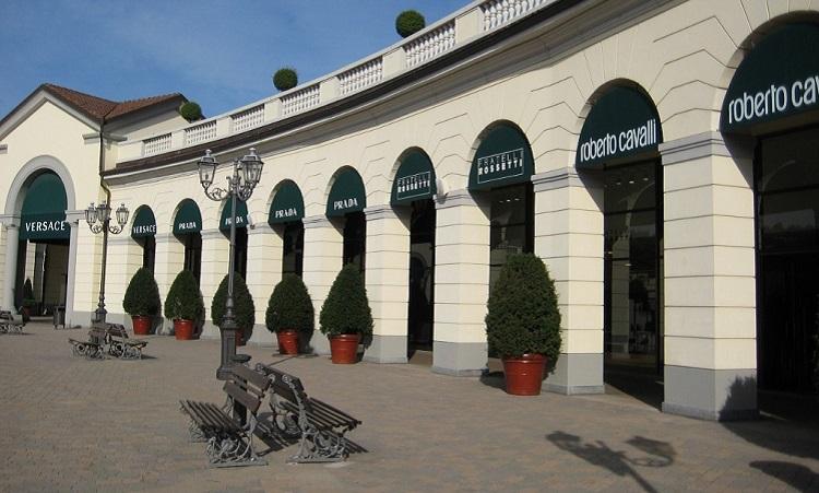 Аутлет Serravalle - описание модных магазинов под Миланом