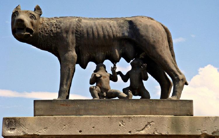 Капитолийская волчица - история возниконовения скульптуры