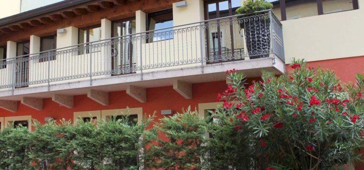 Отели Вероны 2*