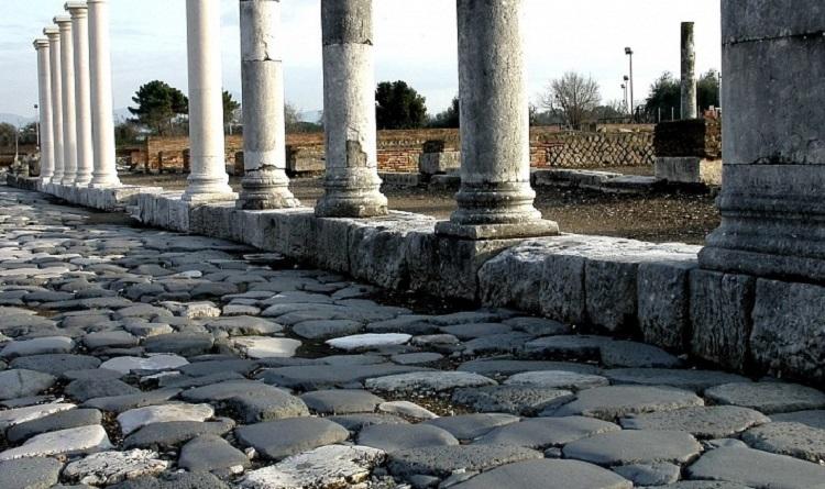 Необычные места Рима - Аппиева дорога и занимательная история строительства