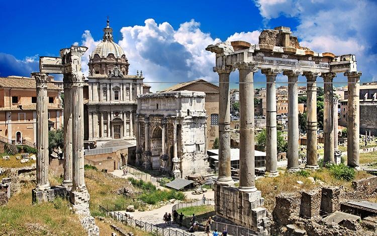 Римский Форум - знаменитая достопримечательность Древнего Рима