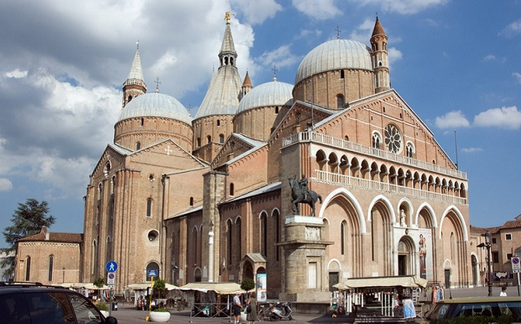 Базилика еще одного почитаемого в Падуе святого – Антония Падуанского