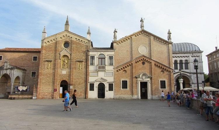 Капелла Святого Георгия (Сан-Джорджо) - прогулки по северной Италии
