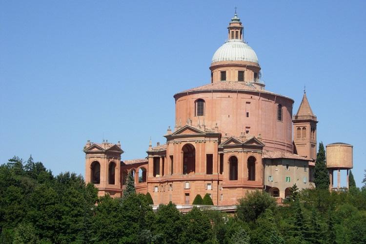 Мадонна ди Сан Люка в Болонье - история строительства достопримечательности