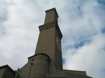 Маяк Ла Лантерна в Генуе и как выглядит достопримечательность
