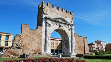 Арка Августина в Римини - описание итальянской достопримечательности