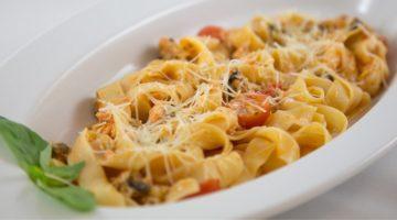 Фетучини с морепродуктами - рецепт приготовления итальянского блюда