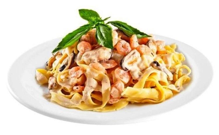 Фетучини с морским коктейлем - как приготовить итальянское блюдо