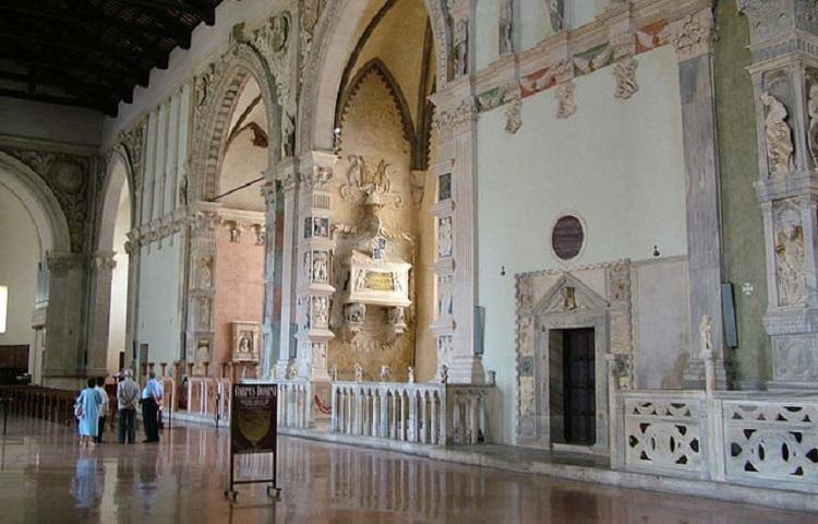 Храм Малатеста в Римини - время работы и стоимость билетов