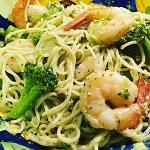 Как приготовить спагетти с креветками и соусом песто - несколько рекомендаций