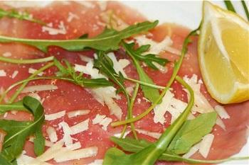 Классический рецепт карпаччо из курицы - готовим по итальянским традициям