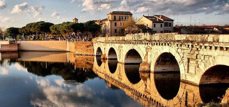 Мост Тиберия в Римини - описание достопримечательностей Италии