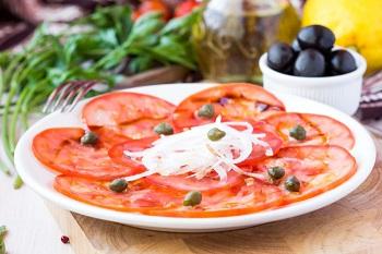 Оригинальный рецпт приготовления карпаччо из помидоров