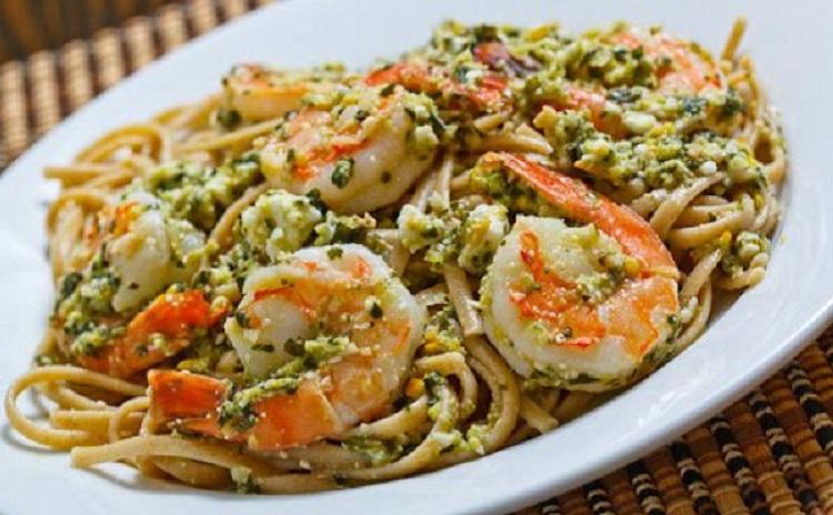 Рецепт приготовления спагетти с соусом песто и креветками - пошаговая инструкция
