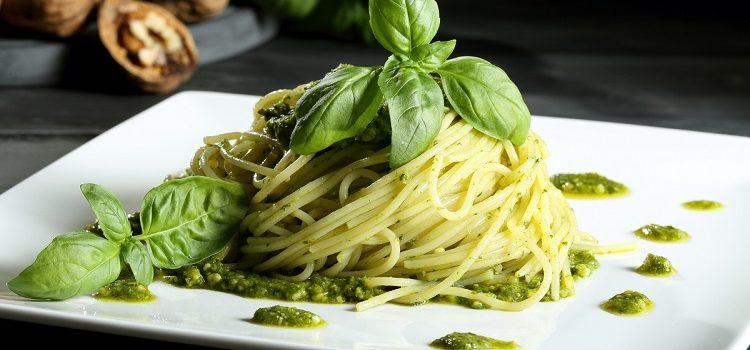 Спагетти с соусом песто - пошаговый рецепт приготовления