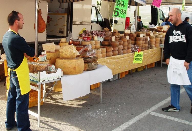 Фермерский рынок в городе Альгеро - где находится и как до него добраться