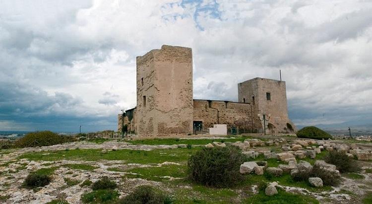 Крепость Сан-Микеле - достопримечательность города Кальяри
