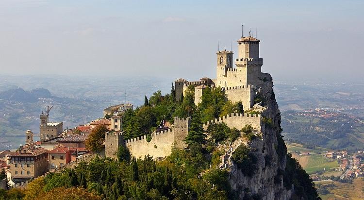 Монте-Титано - чем знаменита главная достопримечательность Италии
