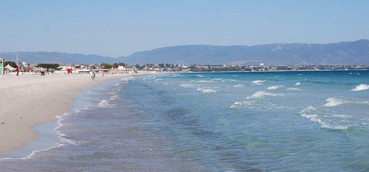 Пляжи Кальяри - обзор самых лучших мест города