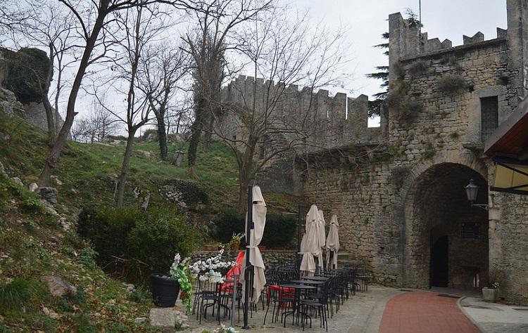 Знаменитая башня Честа в Сан-Марино и несколько интересных фактов о достопримечательности